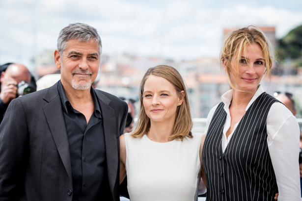 "George Clooney, Jodie Foster et Julia Roberts au photocall de ""Money Monster"" au 69ème Festival international du film de Cannes le 12 mai 2016. © Cyril Moreau / Olivier Borde / Bestimage"