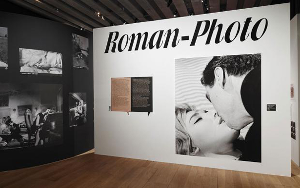 Scénographie Mucem Exposition Roman-Photo Décembre 2017 © Francois Deladerriere